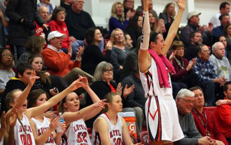 Girls Basketball Pounds Linn-Mar 76-28