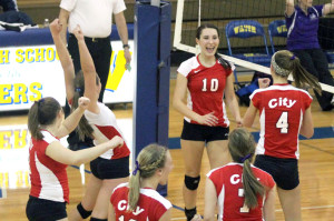 Volleyball Travels to Cedar Rapids for State Tournament