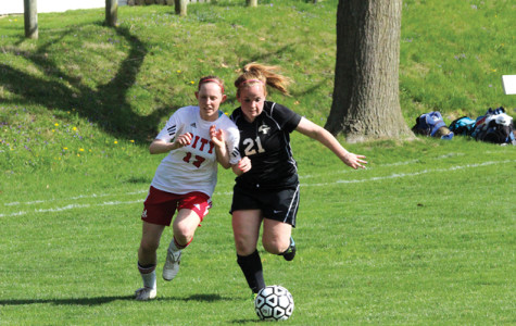 Womens soccer prepares to face West