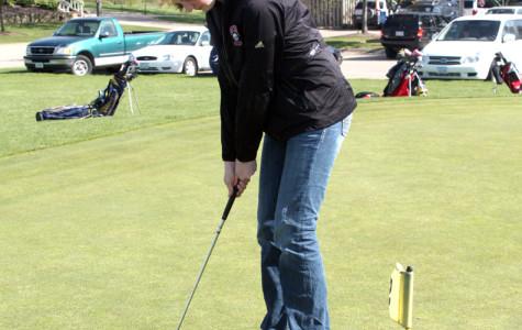 Girls Golf finishes sixth at MVC meet
