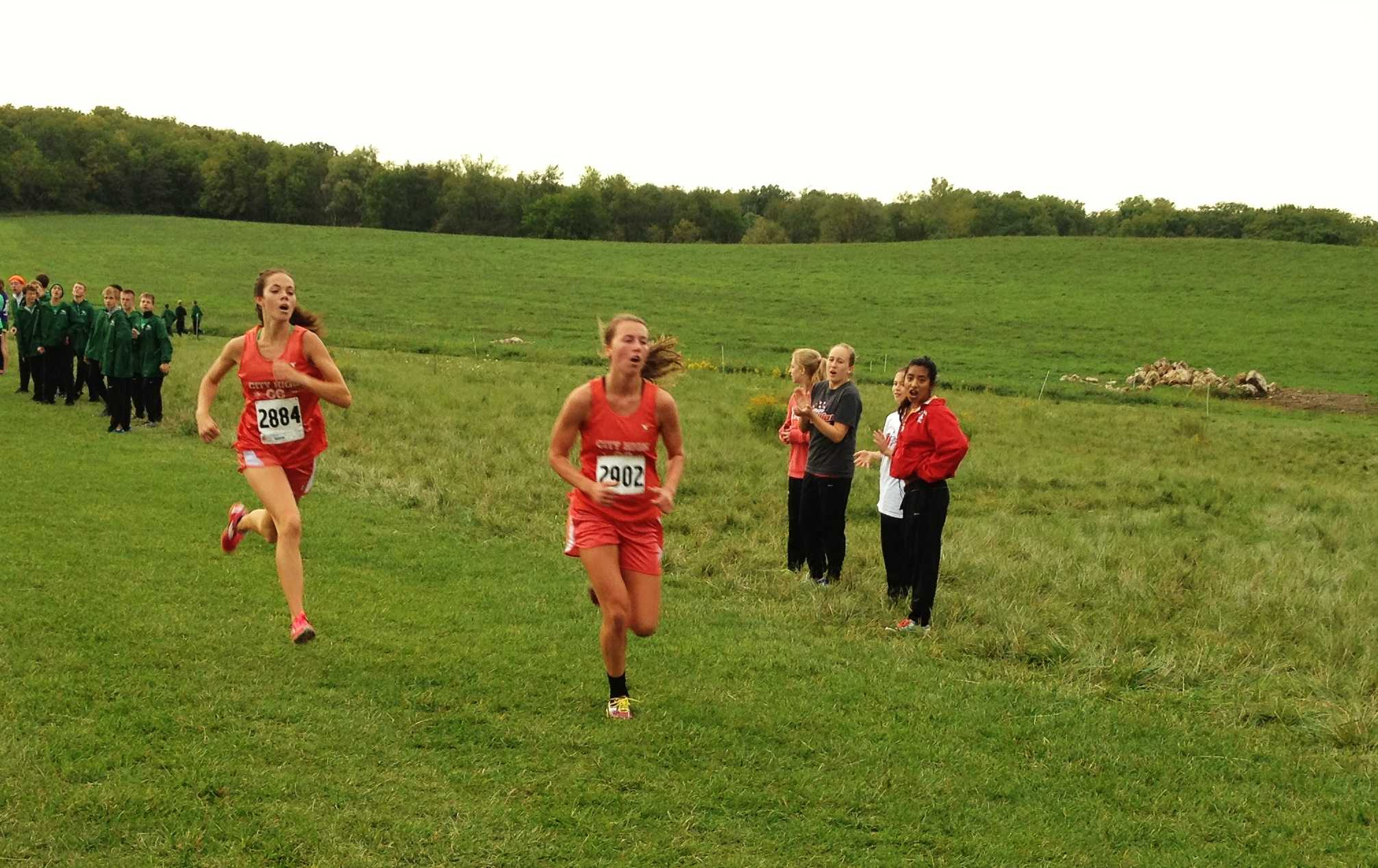 hawk run single girls Finals 1600 meter run – girls (2 heats ) 12:45 finals 200 meter dash – boys finals 200 meter dash – girls 1:30 finals 1600 meter relay – boys.