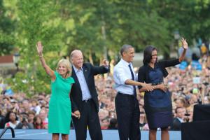 Obama/Biden Photo Slide Show and Tweets