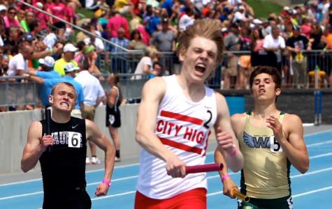 Boys 4×800 Comes in First at State Track Meet and Breaks School Record