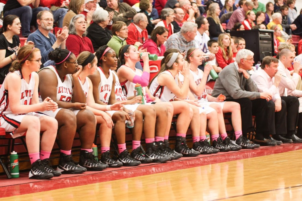 Girls+basketball+supports+breast+cancer+awareness
