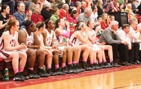 Girls basketball supports breast cancer awareness