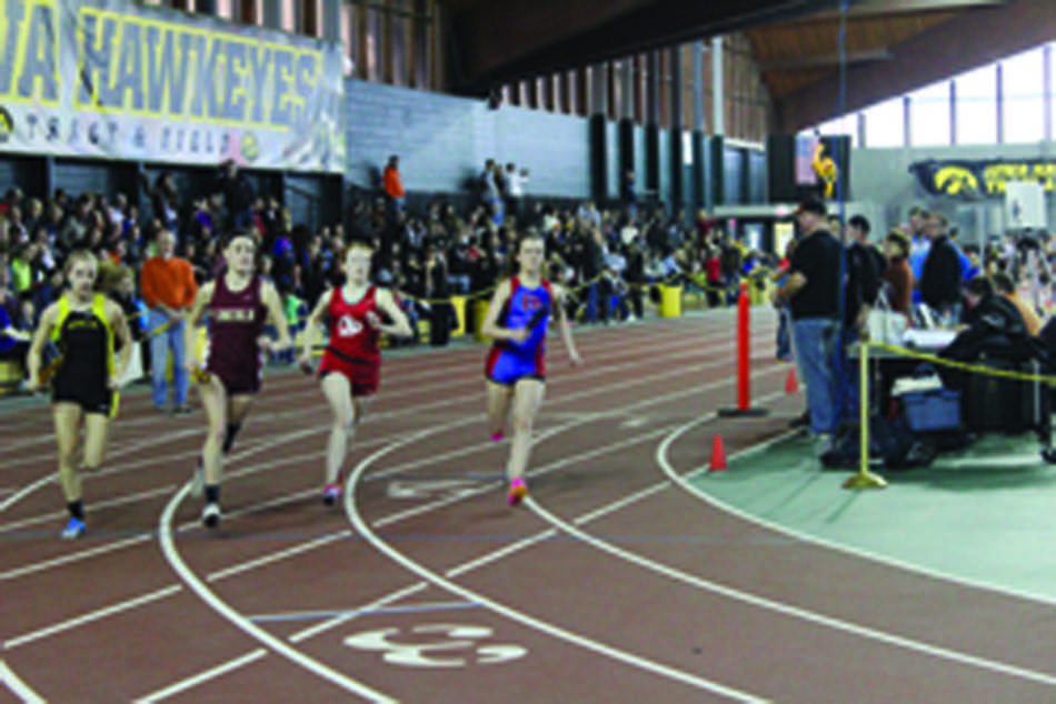 Riley+Lewers+%2716+leading+off+the+girl%27s+4x800