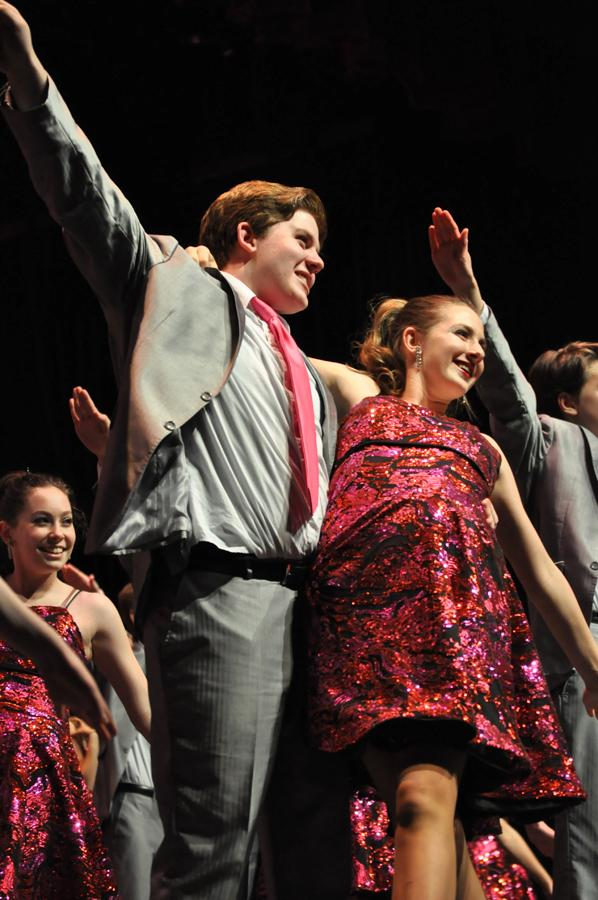 Nysio Poulakos '17 and Hannah Murray '17 perform in prep show choir group, City Lights.
