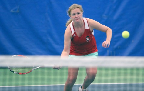 Girls Tennis Hangs On To No.1