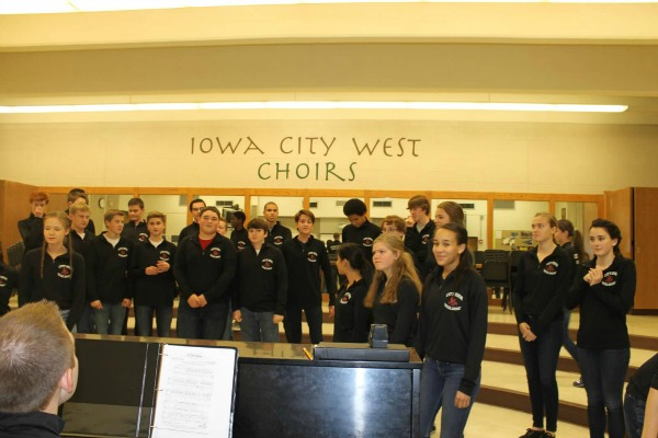 IC Show Choirs Progressing to Success