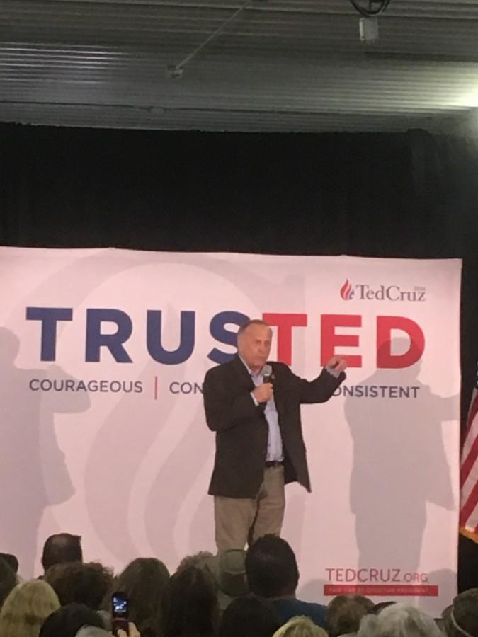 Rep. Steve King speaks at the Ted Cruz rally in Iowa City.