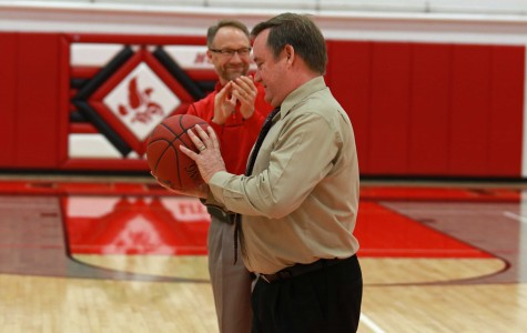 McTaggart Gains His 400th Career Win After Girls Defeat Ottumwa in Semi-Regional Final