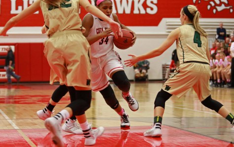 City High's Girls Beat West High's Women of Troy