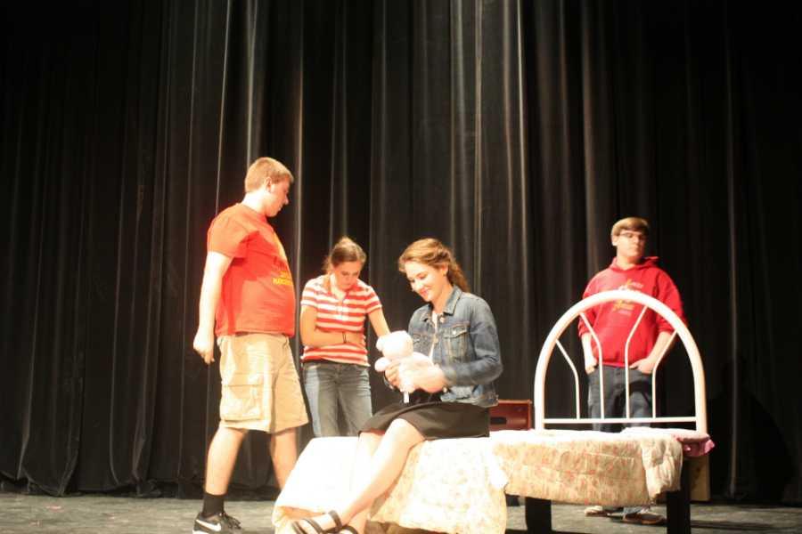 Strathearn rehearses