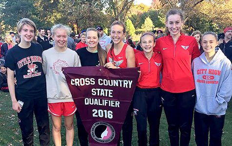 """Pack"" Strategy Helps Girls Cross Country Win Districts"
