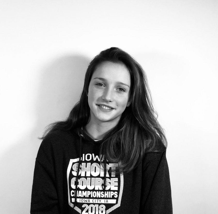 Julianne Berry-Stoelzle