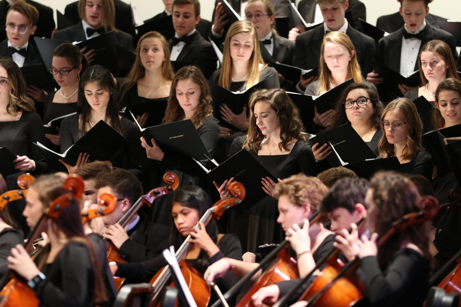 Originally+a+choir+piece%2C+the+orchestra+was+brought+in+to+accompany