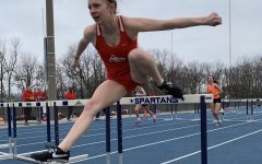 Girls Track Team Reaches for Drake Relays at Pleasant Valley