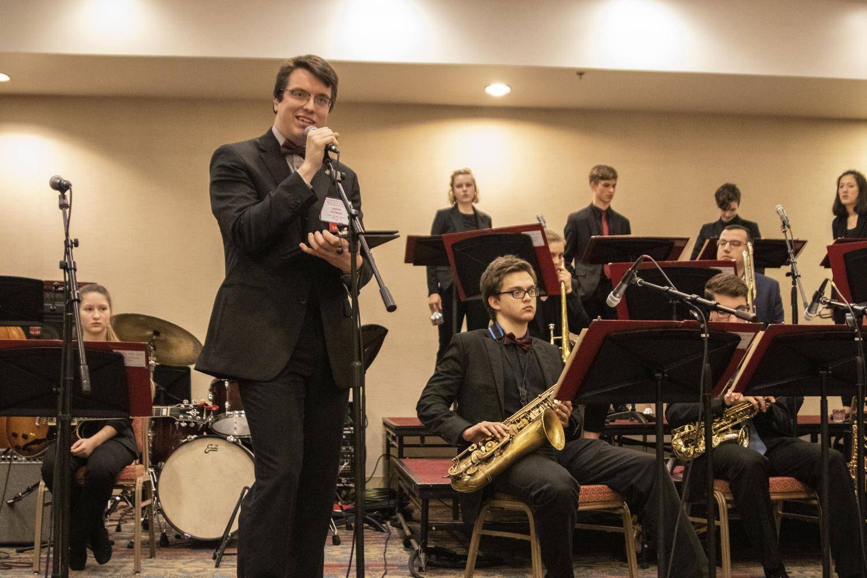 Director+Aaron+Ottmar+introducing+the+set+for+Jazz+Ensemble%27s+IBA+performance