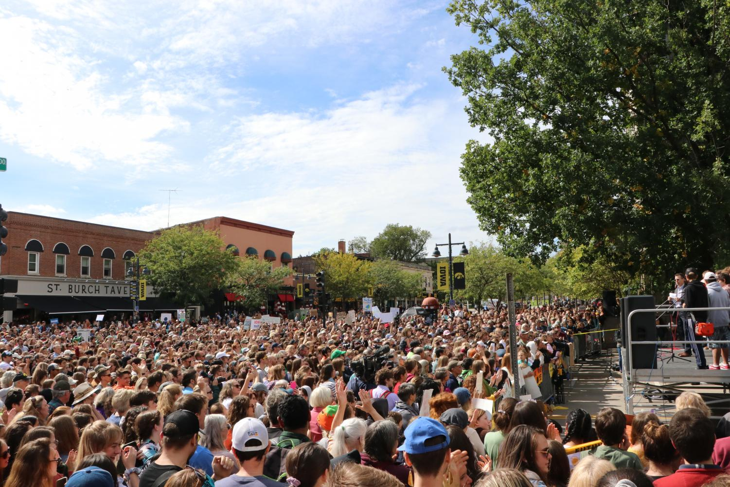 A crowd of 3,000 gathered to hear speeches about climate change
