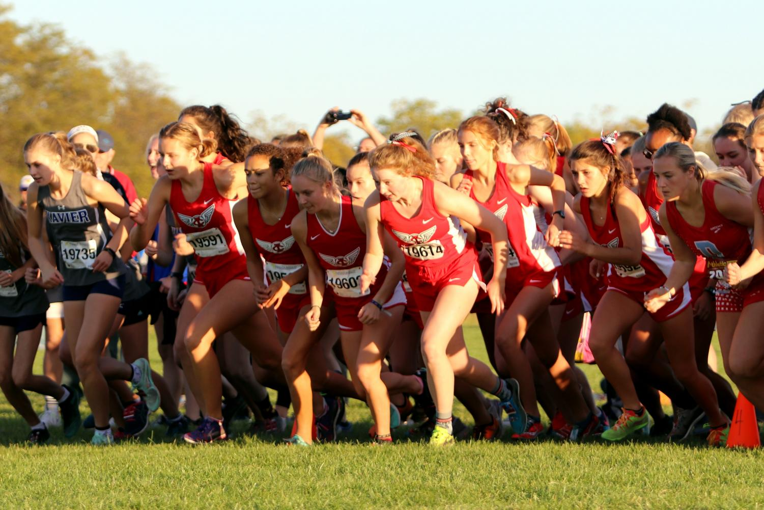 The girls JV race starts as the 5th race of the night.