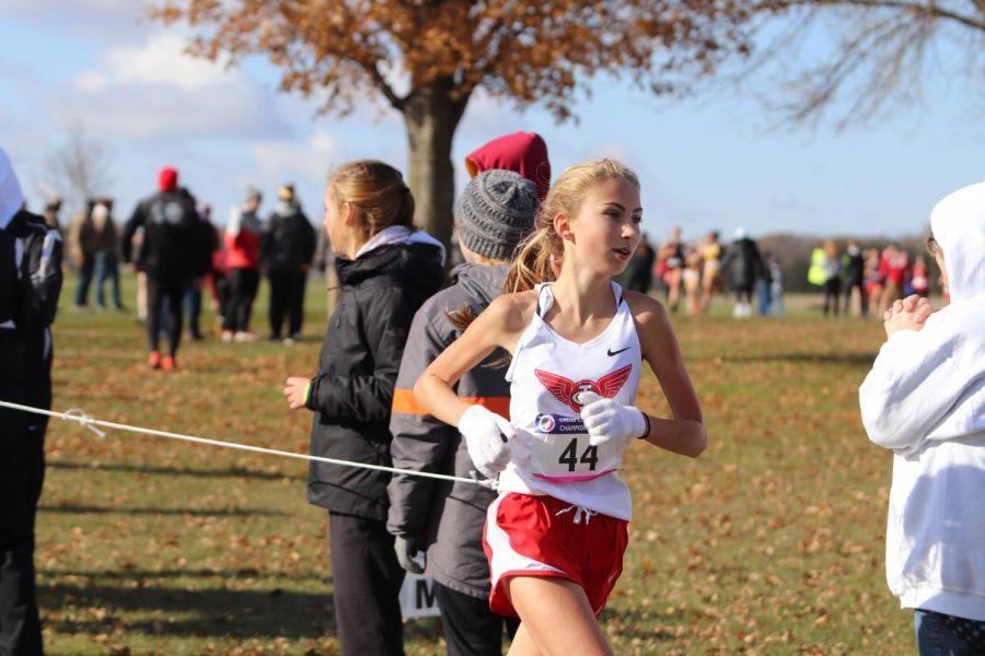 Sophomore+Rowan+Boulter+during+her+race.