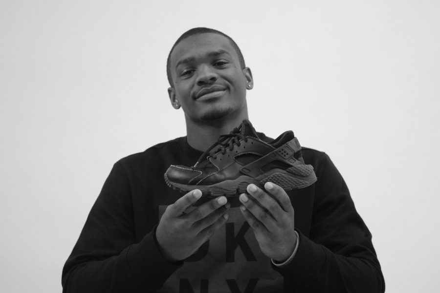 City High Senior JayDaVonyae Hickman '20 has a business of selling sneakers.