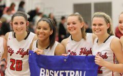 Girls Basketball Team Advances to State Tournament After Win Against Dubuque Hempstead