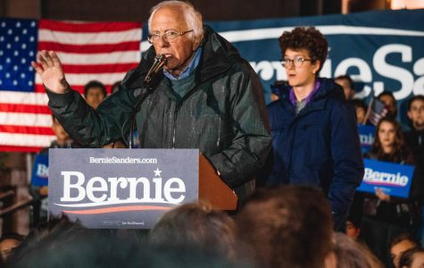 Bernie Sanders leads in the New Hampshire primaries, followed by Pete Buttigieg, Amy Klobuchar, Elizabeth Warren and Joe Biden