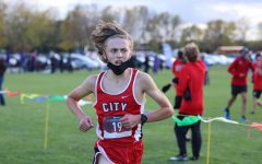 Junior Elliot Dunwald finished in first place in the boys JV race, with a lead of around 200-400 meters.