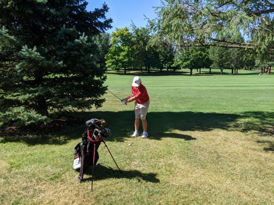 Cooper Kirshling'21 during practice at the Pleasant Valley Golf course.