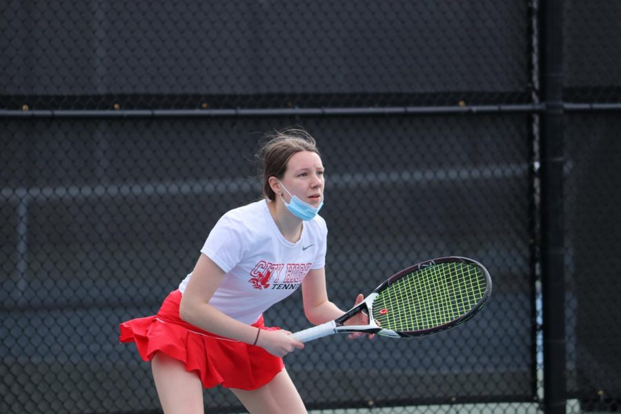Women's Tennis Wins Against Waterloo West