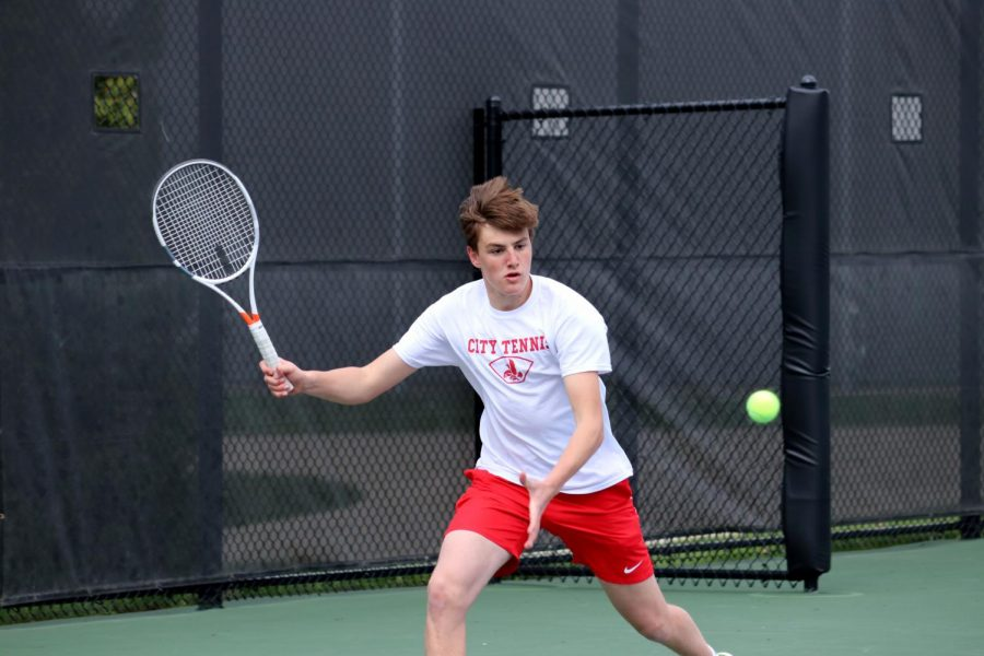 Boys Tennis Deals with Setbacks from Missing Season