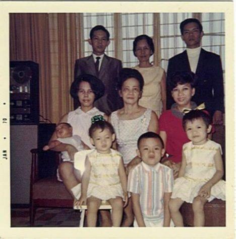 Photo of Thomazin Jury and her Filipino family members
