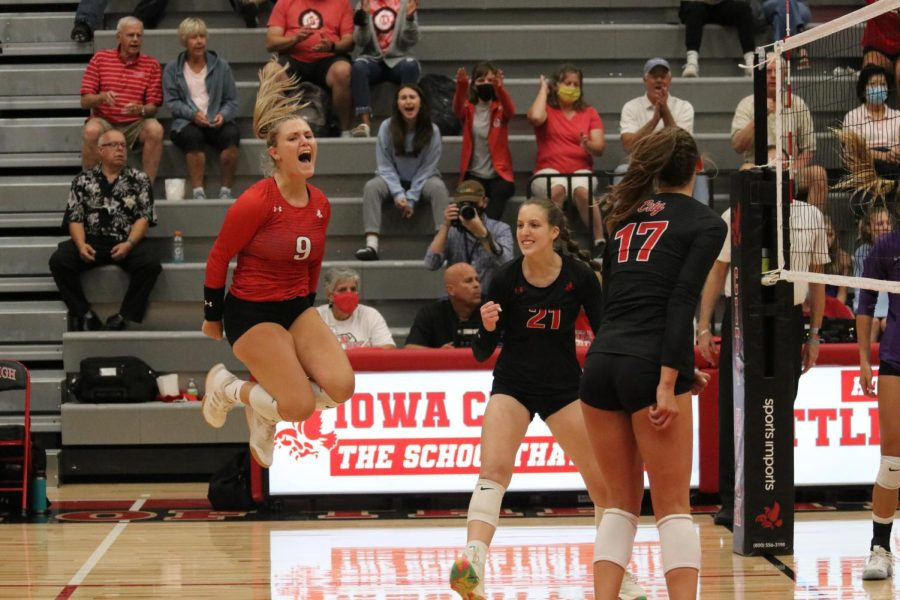 Morgan+Turner+22+celebrates+after+a+point+against+Iowa+City+Liberty