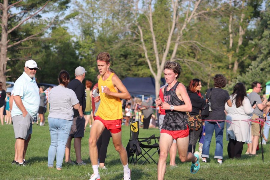 Ford Washburn ran a personal best and broke a course record at the Cedar Rapids Invite.