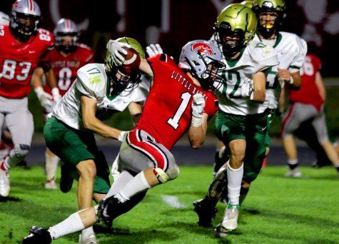 Joey Bouska 22 attempting a touchdown.